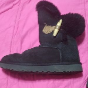 Soft Black Leather Ugg Boots Size 6 UGGs!